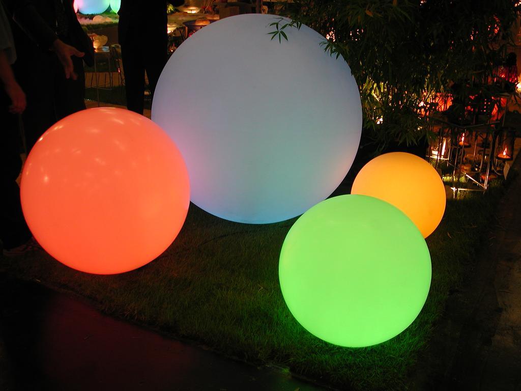 Slide Globo Leuchte