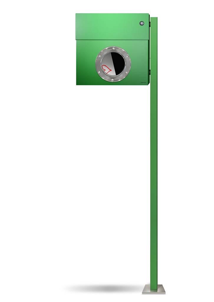 Radius Design Letterman 1 Briefkasten grün (RAL 6018) mit Klingel in rot mit Pfosten in Briefkastenfarbe 563 b-kr