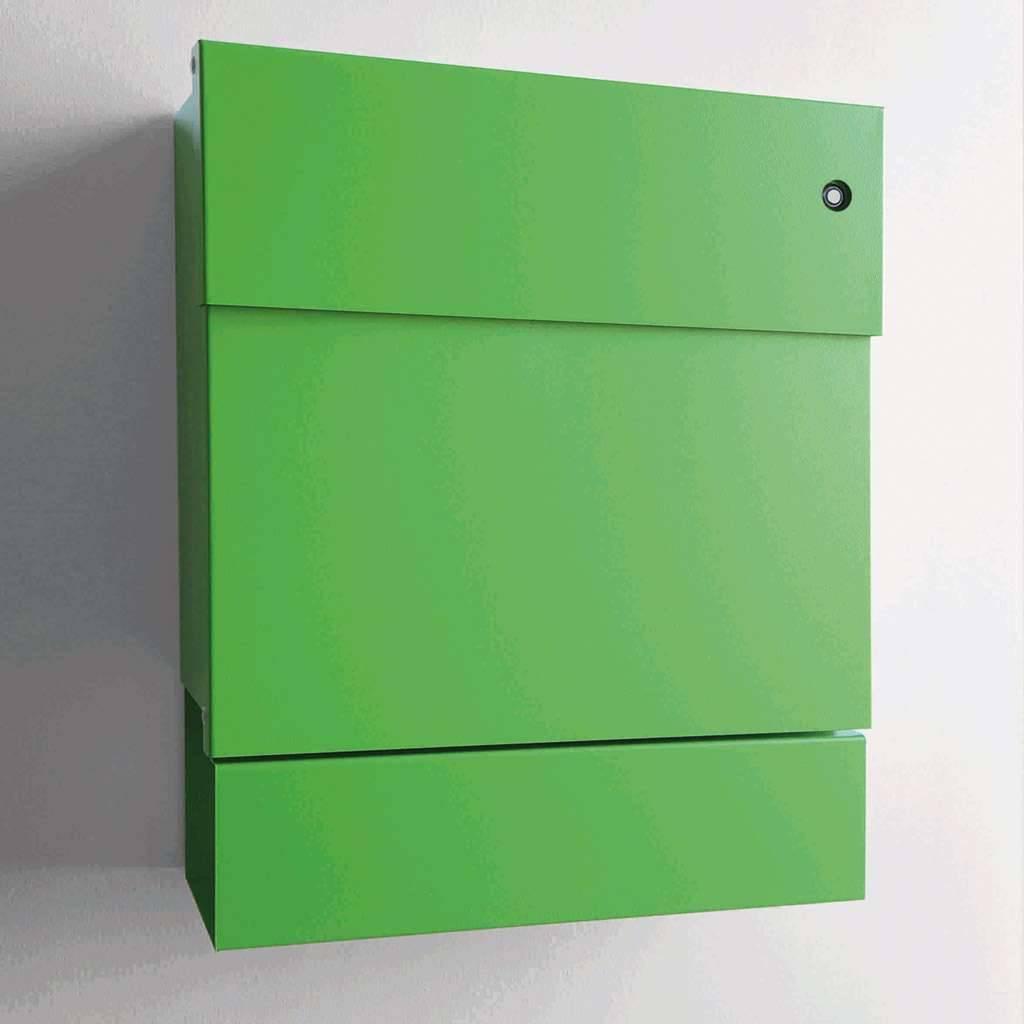 Radius Design Letterman 5 Briefkasten grün (RAL 6018) mit Klingel in rot mit Pfosten in Briefkastenfarbe 566 b-kr