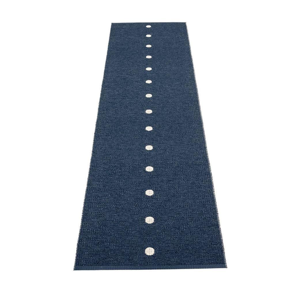 pappelina Peg Outdoor-Teppich - dunkelblau / vanille 70 x 280cm PE3G728