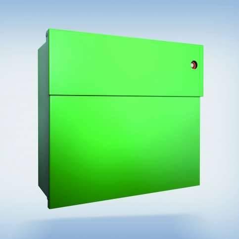 Radius Design Letterman 4 Briefkasten grün (RAL 6018) mit Klingel in rot mit Pfosten in Briefkastenfarbe 565 b-kr