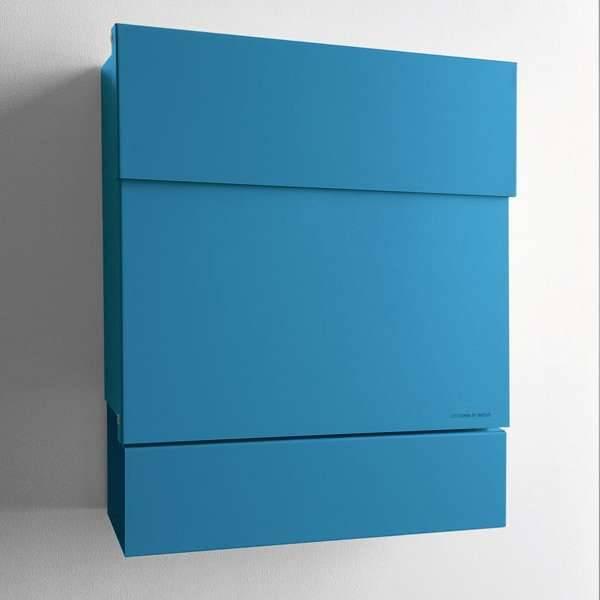 Radius Design Letterman 5 Briefkasten blau (RAL 5012) ohne Klingel mit Pfosten in Briefkastenfarbe 566 n