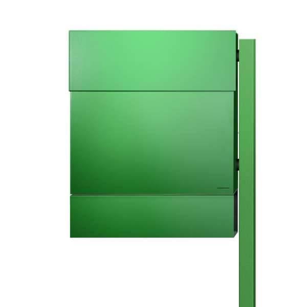 Radius Design Letterman 5 Briefkasten grün (RAL 6018) ohne Klingel mit Pfosten in Briefkastenfarbe 566 b